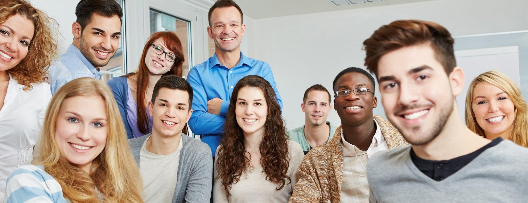 Was bringen berufsbegleitende Kurse und Lehrgänge für die Erwerbskarriere?