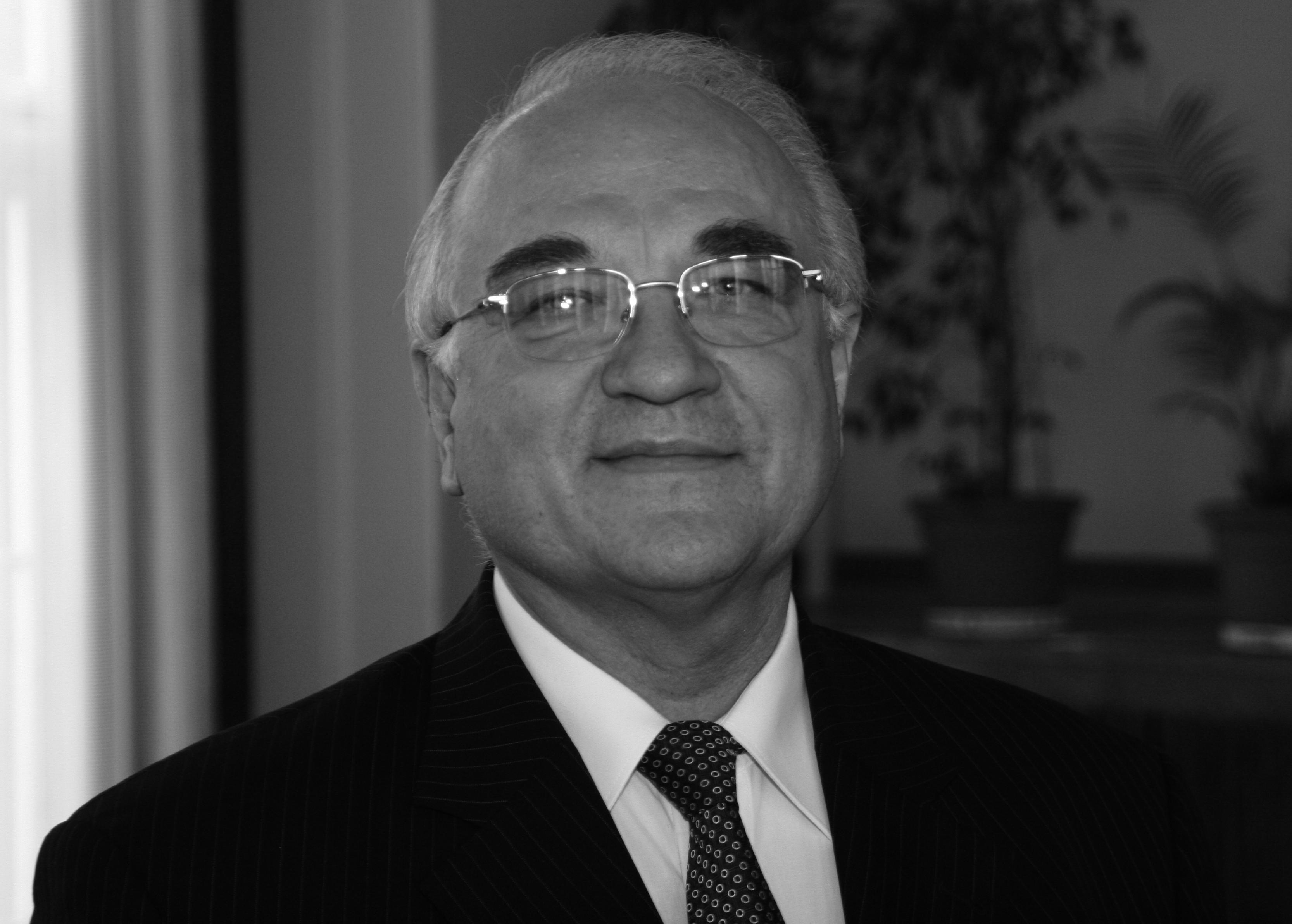 Professor Norbert Thom ist gestorben
